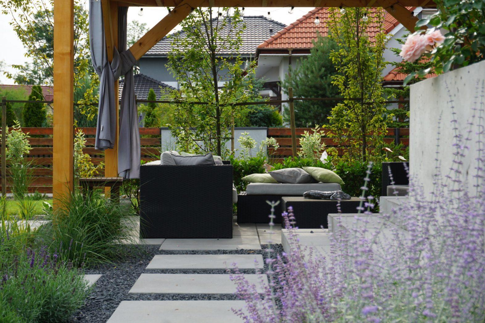 Ogród z dwoma tarasami